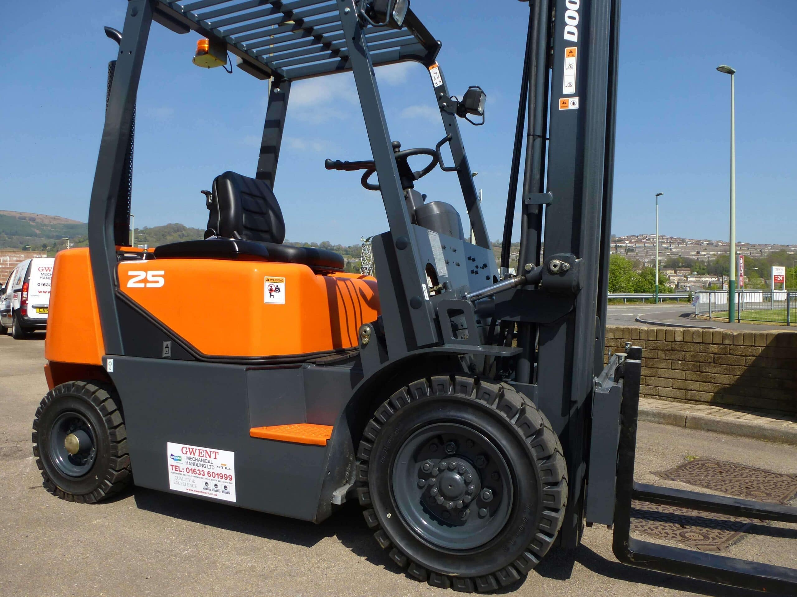 guide to buying used forklifts