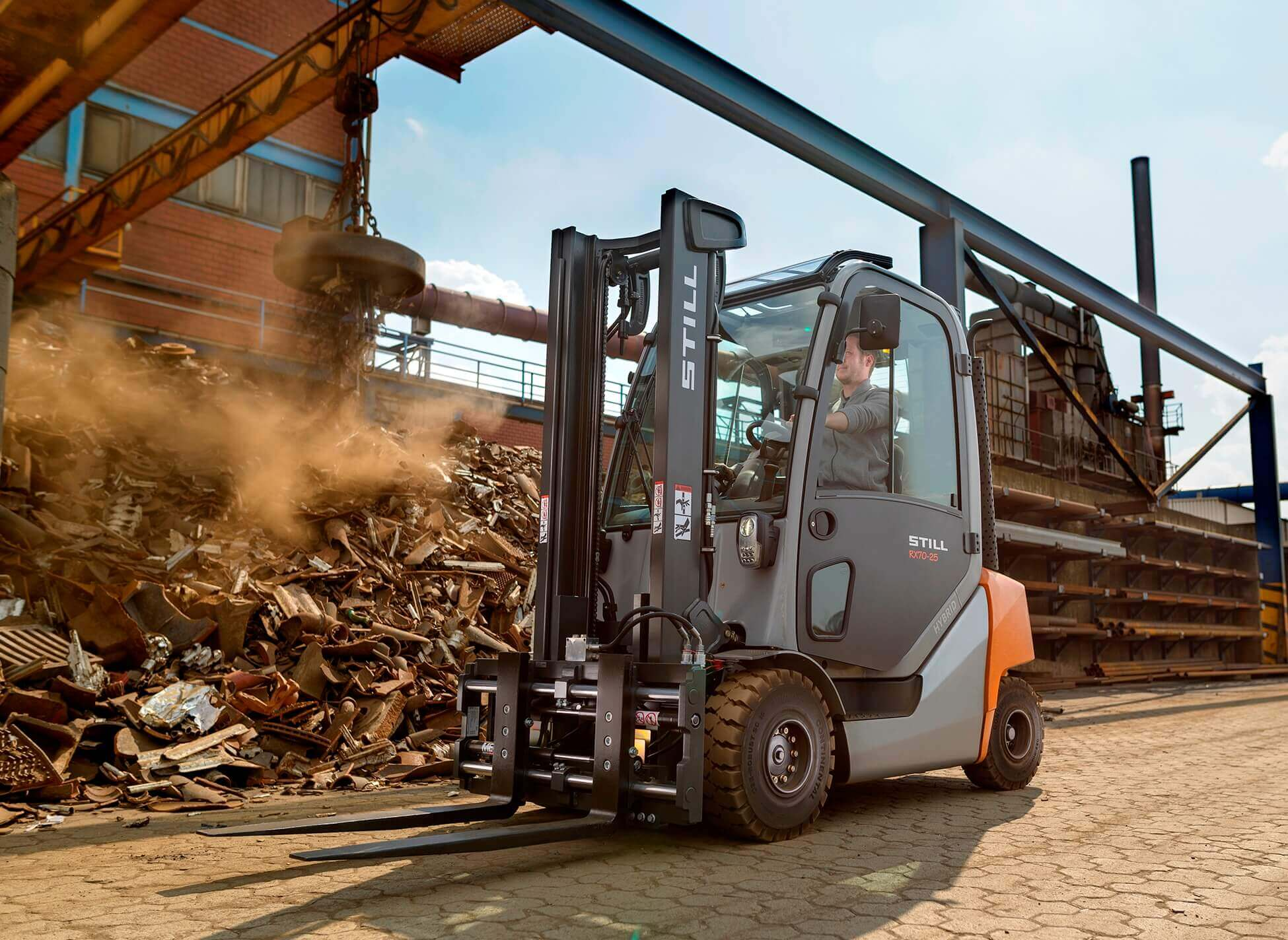 still rx 70 10th anniversary quality developments for the world most fuel efficient forklift. Black Bedroom Furniture Sets. Home Design Ideas
